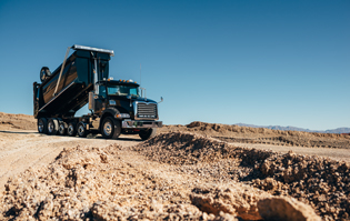 Mack-Granite-Super-Dump-Black