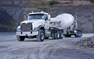 Mack-Granite-Tractor-mixer